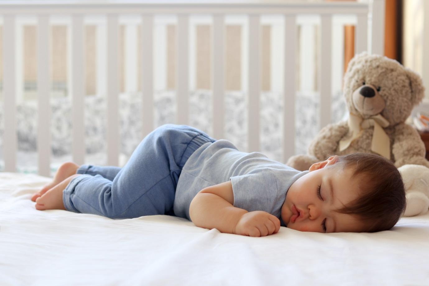 Sering Terbangun, Bagaimana Cara Meningkatkan Kualitas Tidur Bayi?